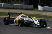 初参戦の平峰一貴(B-MAX RACING F3)は第3戦予選9位、第4戦予選10位