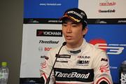 決勝記者会見: 3位の笹原右京(ThreeBond Racing)
