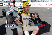 優勝した菅波冬悟(OTG MOTOR SPORTS)