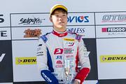 決勝3位の名取鉄平(Hondaフオ一ミュラ・ドリ一ム・プロジェクト)
