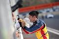 決勝レース: GT300クラスで優勝した小林崇志(TEAM UPGARAGE)