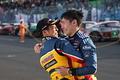 G決勝レース: T300クラスで優勝し抱き合う中山友貴と小林崇志(TEAM UPGARAGE)