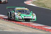 GT300クラス決勝2位は藤井誠暢/スヴェン・ミューラー組(D'station Porsche)