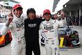 決勝レース: 優勝した新田守男/中山雄一組と影山正彦監督(K-tunes Racing LM corsa)