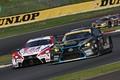 決勝レース: ヘイッキ・コバライネン(DENSO KOBELCO SARD LC500)と新田守男(K-tunes RC F GT3)