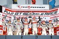 表彰式: GT300クラスのトップ3