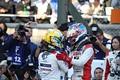 決勝レース: 優勝してチャンピオンになった山本尚貴と2位のニック・キャシディ