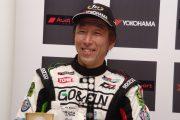 ジェントルマンクラス優勝の前嶋秀司(GO&FUN Squadra Corse)