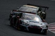アレッシオ・ピカリエロ/富田竜一郎/リチャード・ライアン組(Audi Team Hitotsuyama)