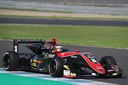 第16戦予選2位、第17戦ポールポジションの宮田莉朋(カローラ中京Kuo TOM\'S F317)