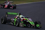 決勝2位はサッシャ・フェネストラズ(B-Max Racing with motopark F3)