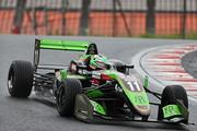 第3戦、第4戦ともポールポジションのサッシャ・フェネストラス(B-Max Racing with motopark F3)