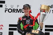 優勝したサッシャ・フェネストラズ(B-Max Racing with motopark)