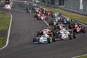 11周の決勝レースがスタートした