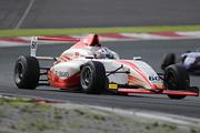 第7戦、第8戦とも予選2位の菅波冬悟(OTG DL F110)