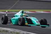 第7戦予選4位、第8戦予選3位の石坂瑞基(TOEI BJRacing F110)
