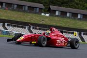 第9戦、第10戦ともインディペンデントカップPPの仲尾恵史(TCS Racing Team)