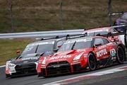 SGTxDTM交流戦レース1: ロニー・クインタレッリとマイク・ロッケンフェラーの争い