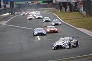 SGTxDTM交流戦レース1: レースをリードするニック・キャシディ(KeePer TOM\'S LC500)