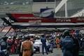 決勝レース: ピット作業を行うKEIHIN NSX-GT(KEIHIN REAL RACING)