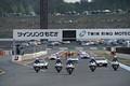 決勝レース: 栃木県警によるパレードラップが始まった