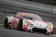 スプリントカップレース1: 最終レースの松井孝允/佐藤公哉組(HOPPY 86 MC)は7位