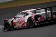 スプリントカップレース2: 最終レースとなった松井孝允/佐藤公哉組(HOPPY 86 MC)はペナルティーで8位