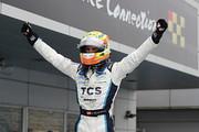 優勝したアレックス・パロウ(TCS NAKAJIMA RACING)