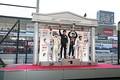 表彰式: 第7戦トップ3のドライバーと優勝チーム監督