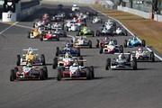 日本一決定戦決勝: 10周のレースがスタートした