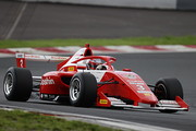 第1~第3戦公式予選: 3戦ともポールポジションの阪口晴南(SUTEKINA RACING TEAM)