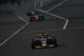 決勝レース: コースインするドライバー
