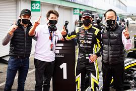 ポールポジションを獲得したセルジオ・セッテ・カマラとBuzz Racing with B-Max