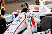 2020年度のドライバーズチャンピオンを獲得した山本尚貴(DOCOMO TEAM DANDELION RACING)