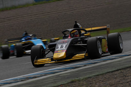 マスタークラス第5戦、第6戦とも予選3位の植田正幸(Rn-sports F111/3)