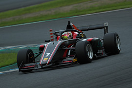 マスタークラス決勝3位は畑亨志(F111/3)