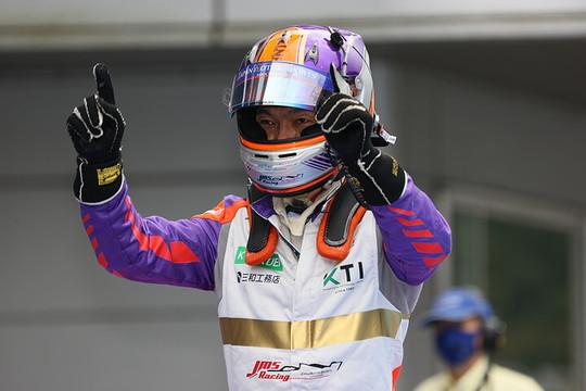 マスタークラス優勝の今田信宏(B-MAX ENGINEERING)