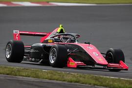 第7戦、第9戦とも予選4位の塩津佑介(Sutekina Racing)