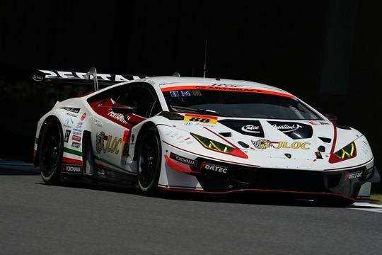 公式練習: GT300クラストップタイムの小暮卓史/元嶋佑弥組(88号車・JLOCランボルギーニGT3)