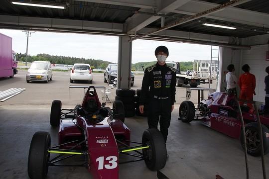 予選3位だったが5位に降格となった四倉悠聖(ZAP日本平中自動車10V ED)