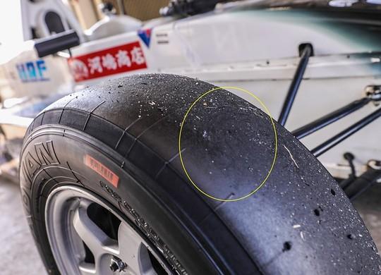 予選でタイヤに発生したフラットスポット