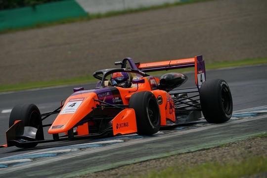 マスタークラス優勝は今田信宏(JMS RACING with B-MAX)
