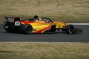 決勝2位は名取鉄平(Byoubugaura B-MAX Racing 320)