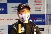 決勝記者会見: 2位の名取鉄平(B-MAX RACING TEAM)