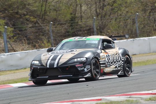 グループ1決勝: ST-1クラス優勝は堤優威/阪口良平/堀田誠組(38号車・muta Racing GR SUPRA)