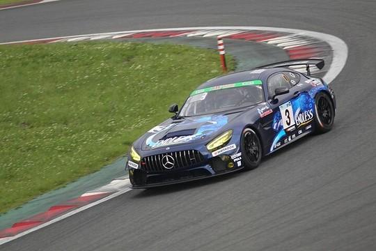 ST-Zクラスで優勝した3号車・ENDLESS AMG GT4