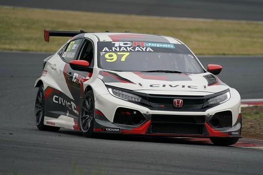レジェンドドライバー中谷明彦がTCR-Jでレースに復帰