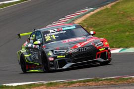 決勝4位は篠原拓朗(Audi Team Hitotsuyama)