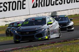 レース1: 決勝6位はMototino(55MOTO RACING)